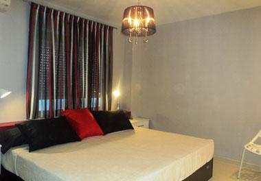 Alisado de paredes, cambio de suelo, muebles lavados a medida y todos los elementos decorativos